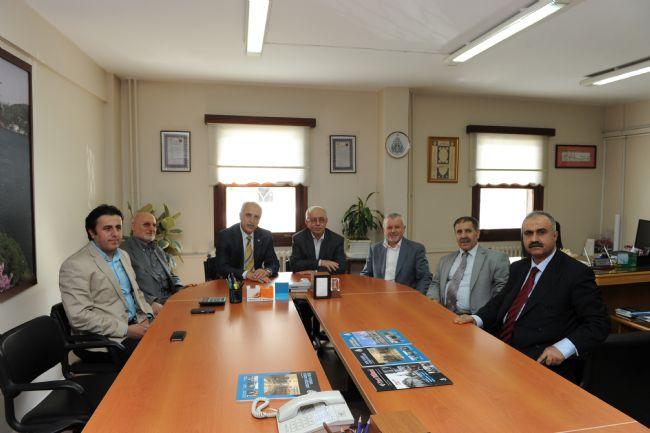 İstanbul Valisi Sayın Hüseyin Avni Mutlu vakfımızı ziyaret etti - Haberler - İlim Yayma Vakfı, İYV