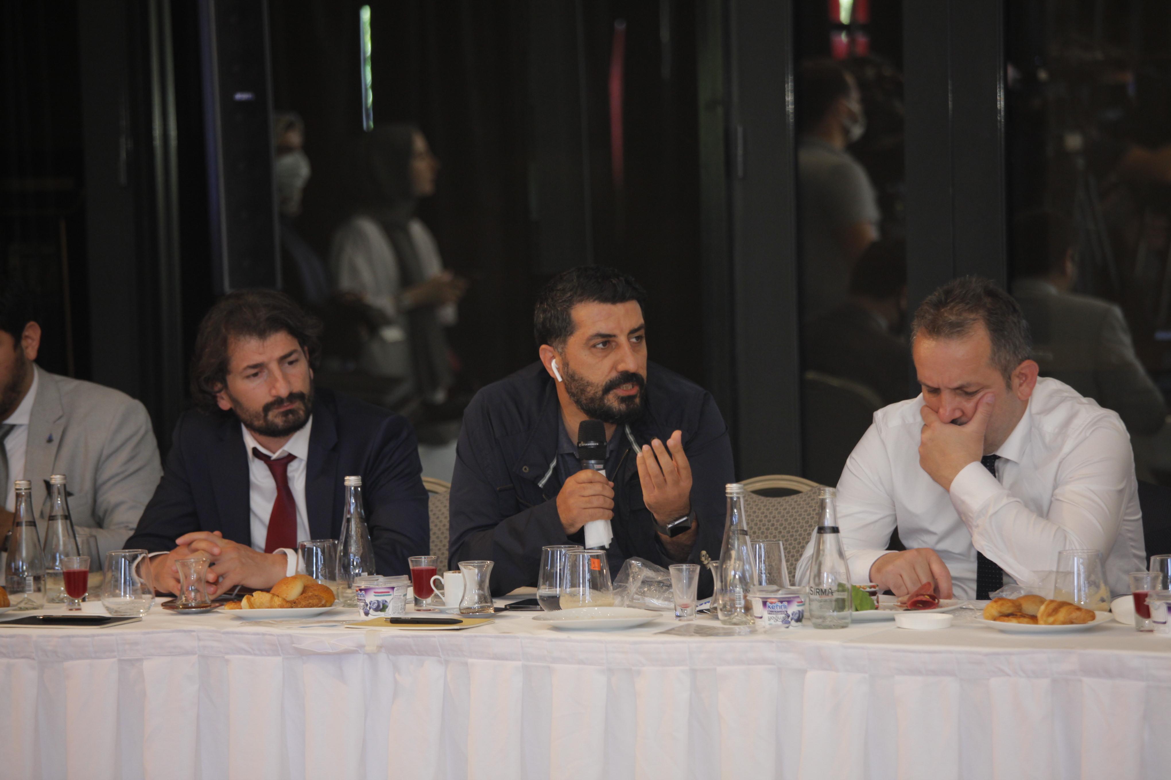 İlim Yayma Ödülleri Basın İstişare Toplantısı Gerçekleştirildi - Haberler - İlim Yayma Vakfı, İYV